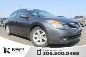2008 Nissan Altima 2.5 S - Navigation - Sunroof - 6 CD Player