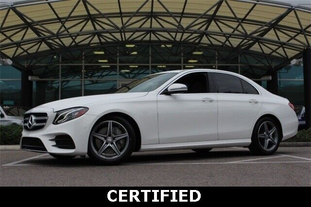 Image 2 Voiture Européenne d'occasion Mercedes-Benz E-Class 2017