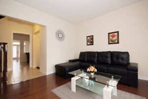 Luxury House (3Br+3Wr) For Rent In 9th Line & Bur Oak Ave $ 2490