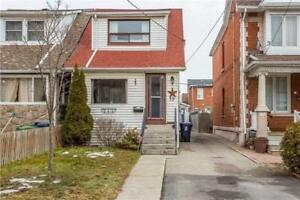 2 Bdrm Detached Home, Hrdwd Flrs T/Out, Full Bsmnt