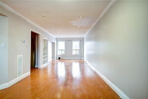 5BR 3WR Condo townhouse in Mississauga near Dixie & Dundas