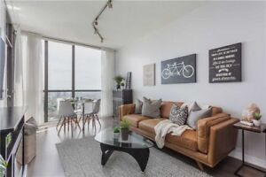 Stunning 1+1 bed 1 bath condo in Square one Mississauga