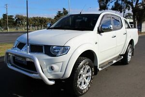 2013 Mitsubishi Triton MN MY14 GLX-R Double Cab White 5 Speed Manual Utility
