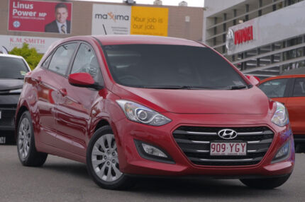 2016 Hyundai i30 GD4 Series II MY17 Active Red/Black 6 Speed Sports Automatic Hatchback Hillcrest Logan Area Preview