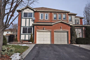 South East Oakville, Clearview 3 Bedroom + 2 bath for Rent