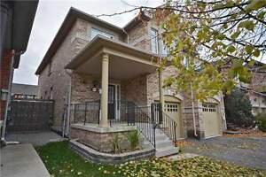 Fantastic End-Unit Townhome in Milton Near GO Station! Oakville / Halton Region Toronto (GTA) image 1