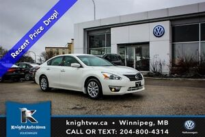 2015 Nissan Altima 2.5 w/ Air Conditioning/Power Locks + Windows
