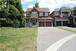 1290 Shortreed Terr Newmarket Ontario House for sale!