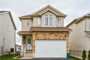 3 bedroom detached house with finish basement walk out