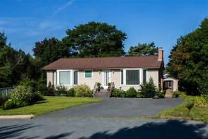 4 Bedroom home in a nice residential area of Dartmouth!