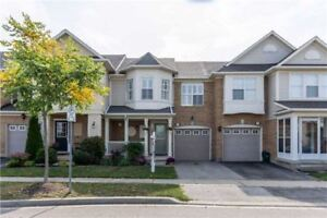 3 Bedroom Town House For Sale in Clarke, Milton