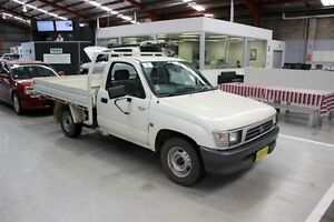 2001 Toyota Hilux LN147R White 5 Speed Manual Cab Chassis Maryville Newcastle Area Preview