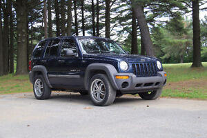 Jeep liberty SPORT 2003 4 CYL. 2.4L