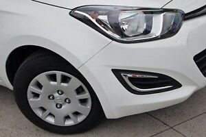 2015 Hyundai i20 White Automatic Hatchback Cranbourne Casey Area Preview
