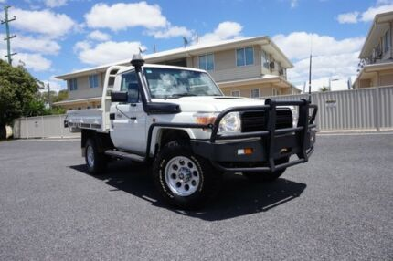 2012 Toyota Landcruiser VDJ79R 09 Upgrade Workmate (4x4) French Vanilla 5 Speed Manual Cab Chassis Dalby Dalby Area Preview