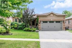 15 HORSFIELD DR Barrie, Ontario