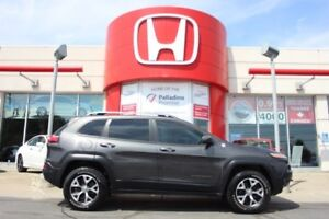 2014 Jeep Cherokee Trailhawk - PERFECT ON EVERY TERRAIN -