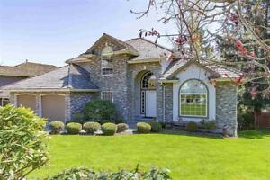 3 STORY HOME WITH MOUNTAIN VIEWS IN EAST ABBOTSFORD