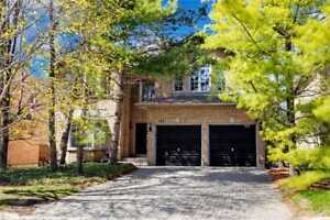 PERFECT FAMILY HOME ON RAVINE LOT IN THORNHILL