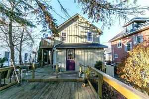 Detached House for Sale in  Newmarket at Prospect St