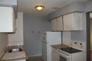 Townhouse 3 Beds only 144900 Flip rent or fix up! BUILD EQUITY
