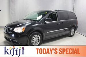 2015 Chrysler Town & Country TOURING LEATHER $150 b/w 0 Down!