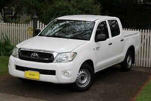 2011 Toyota Hilux GGN15R MY10 SR White 5 Speed Automatic Utility Hawthorn Mitcham Area Preview