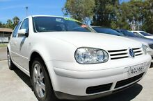 2004 Volkswagen Golf 2.0 Sport White 5 Speed Manual Hatchback Port Macquarie 2444 Port Macquarie City Preview