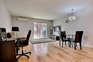 2BDR Apartment(4-1/2) Heart of Laval-30min from downtown MTL