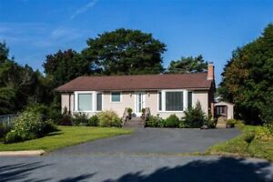 Beautiful Fully Furnished 4 Bedroom Home - Ideal Family Setting