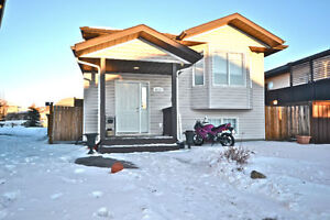 ~FULL PACKAGE HOME OFFERING AFFORDABILITY~