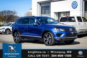 2017 Volkswagen Touareg Wolfsburg Edition w/ Leather/Backup Cam/