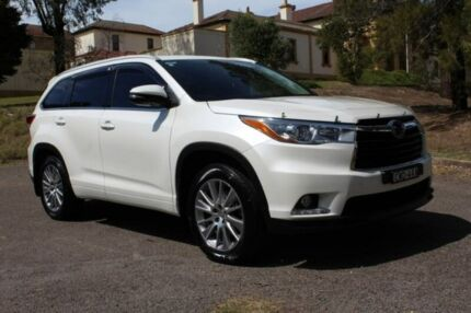 2014 Toyota Kluger GSU55R Grande AWD White 6 Speed Sports Automatic Wagon East Maitland Maitland Area Preview