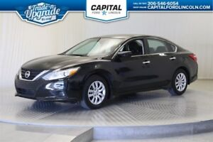 2016 Nissan Altima **New Arrival**