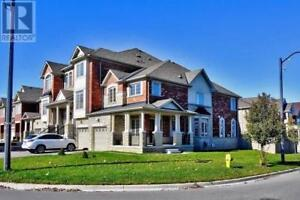 56 WHITE SPRUCE CRES Vaughan, Ontario