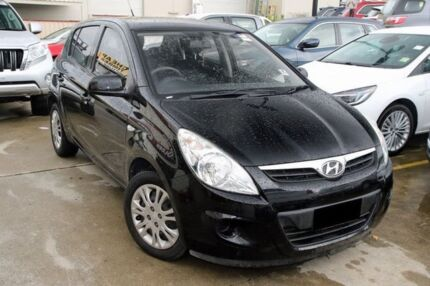 2010 Hyundai i20 PB MY11 Active Black 5 Speed Manual Hatchback