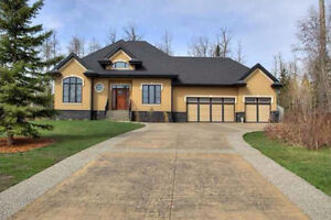 1 Acre Estate Bungalow minutes to Spruce Grove and Edmonton