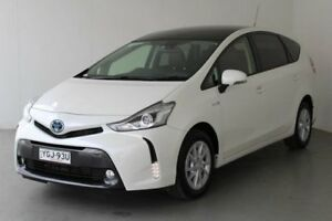 2017 Toyota Prius v ZVW40R Upgrade I-Tech Hybrid Crystal Pearl Continuous Variable Wagon