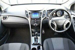 2014 Hyundai i30 GD2 Active Silver 6 Speed Sports Automatic Hatchback Berwick Casey Area Preview
