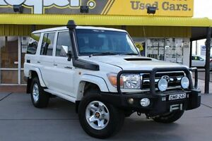 2011 Toyota Landcruiser VDJ76R MY10 GXL White 5 Speed Manual Wagon Telarah Maitland Area Preview