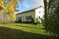 COUNTRY FARM HOUSE for RENT = $1000 plus Utilities
