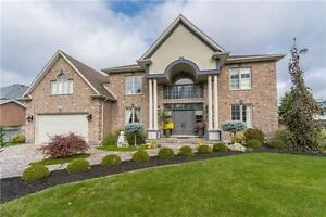 LUXURIOUS 4+1BDRM HOUSE IN BEAUTIFUL NIAGARA FALLS