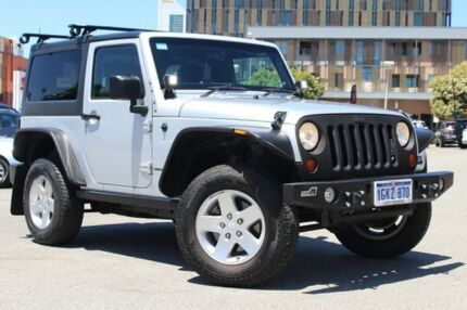 2012 Jeep Wrangler JK MY2012 Rubicon Silver 6 Speed Manual Softtop