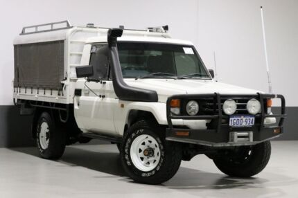 2004 Toyota Landcruiser HZJ79R (4x4) White 5 Speed Manual 4x4 Cab Chassis Bentley Canning Area Preview