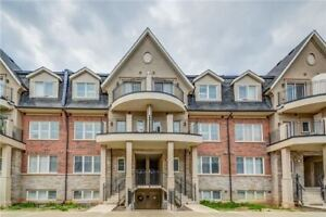 Stacked Town house condo for rent in Oakville - Bronte & Dundas