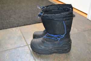 Lined Winter Boots Size 13 Boy