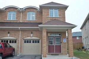 4 Bedrooms House for Lease in Milton(Almost New)