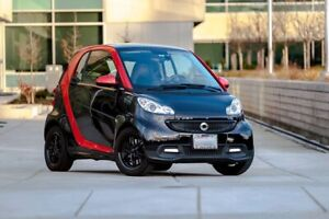 2013 Sharp Red Smart Car Limited Edition