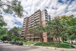 Port Credit Living! Steps to GO and all PC has to offer!