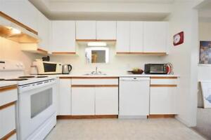 FURNISHED OR NON CONDO MONTHLY/WEEKLY/HLFX